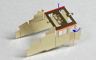 側板を曲げる