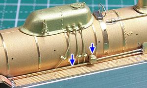 逆止弁と送水管